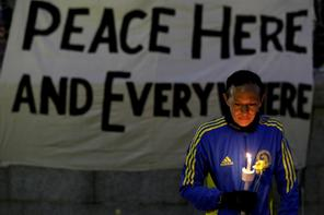 boston_marathon_bombing_vigil(1)_296
